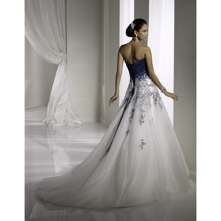 Fantastic Romantic Floral Embroidery Blue and White Wedding Dresses Long for