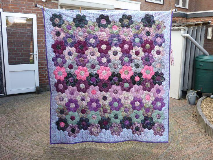Hexagon quilt voor mijn dochter. begonnen 2012/ klaar2015.