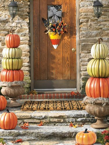 Love this cute candy corn themed front door scene.