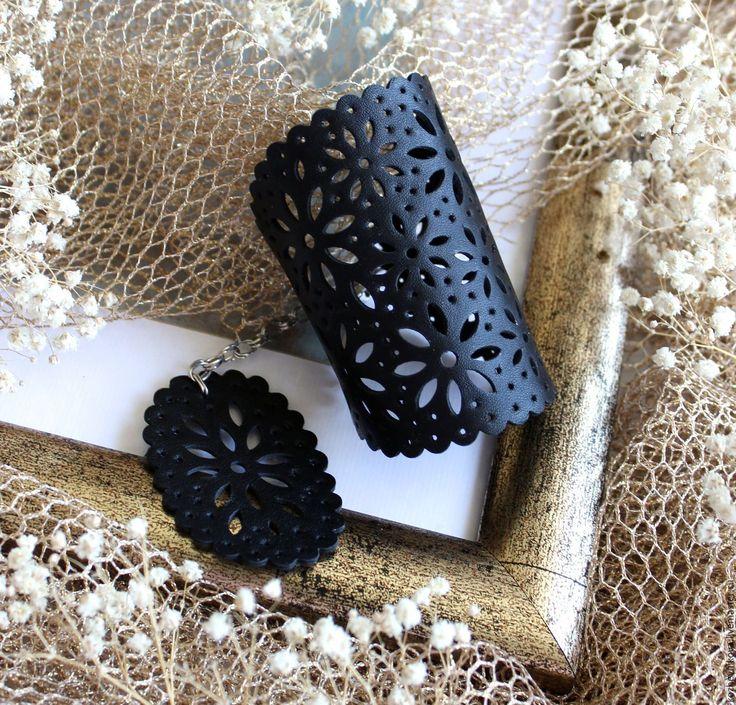 Купить Кожаный браслет Ночной сад - черный, Елена Кожевникова, кожаный браслет, браслет кожаный