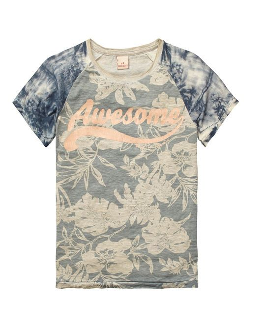 GYPSY SOUL - This tee comes in different dessins and features contrasting raglan sleeves, chest artwork and a soft cotton quality for him. http://webstore-all.scotch-soda.com/boys