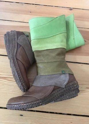 Kaufe meinen Artikel bei #Kleiderkreisel http://www.kleiderkreisel.de/damenschuhe/stiefel/142259645-braun-grune-stiefel-von-el-naturalista