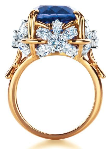 Tiffany & Co Schlumberger Flower ring with tanzanite and diamonds.