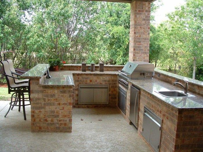Outdoor Küche macht es möglich, köstliches Essen draußen zu genießen   Outdoor kitchen design ...