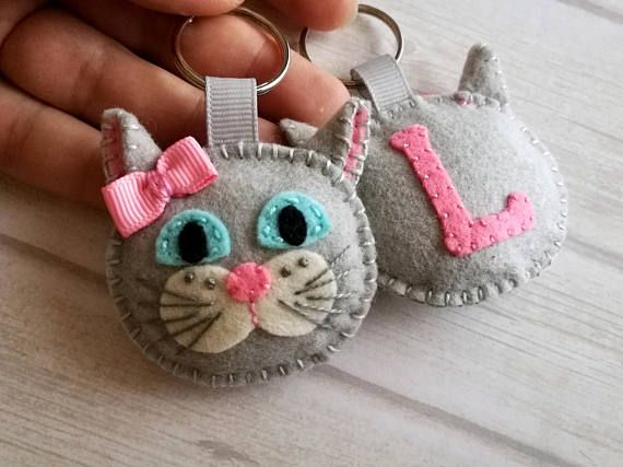 Personalized Cat keychain Felt cat key chain White cat bag