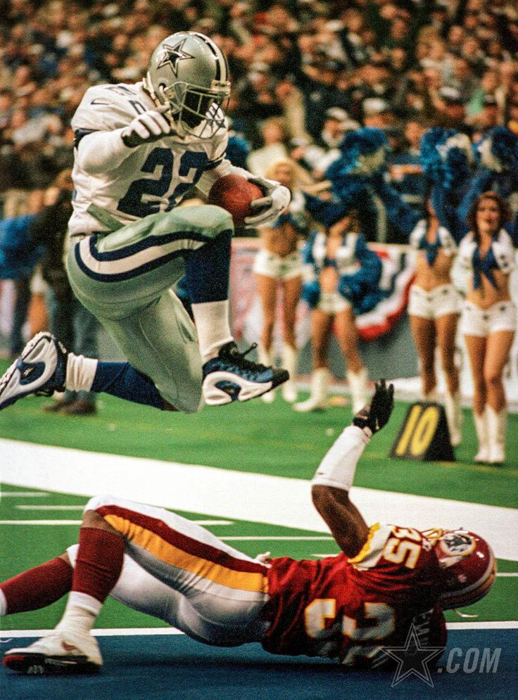 Views from the classic division rivalry between the Cowboys and the Redskins, in Texas.