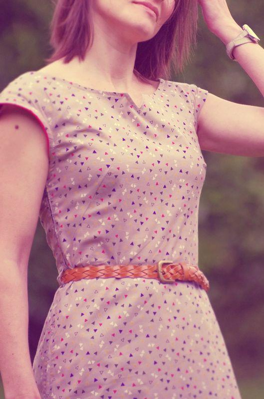 La robe Opale de grains de couture par ivanne soufflet en Candy Flakes de Atelier Brunette