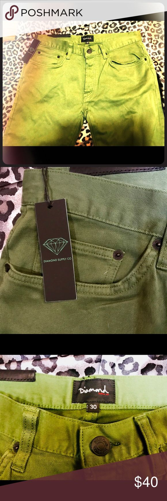 Women's jeans Diamond Supply Co. brand new soft denim straight leg jeans,amazingly airy comfortable material! Great neutral shade of army green Jeans Straight Leg