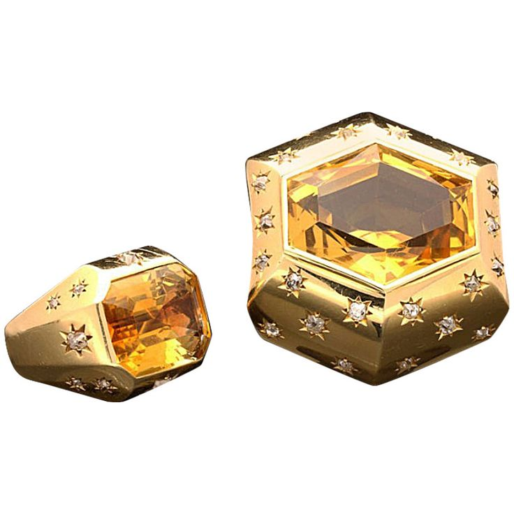 """Suzanne Belperron Citrine Diamond Gold  'Modele Facette' Demi-Parure. Yellow gold brooch & ring each modeled as a series of facets radiating from a central citrine, a hexagonal cut in the brooch & an emerald cut in the ring, the diamonds each burnished with 8 pointed """"stars""""  Designed by Suzanne Belperron, made by B Herz  c.1932/1940"""