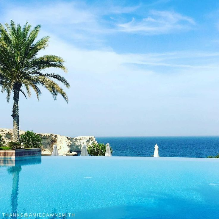 Calm pool, calm vibes, calm YOU. @shangrilamuscat 📷: @amiedawnsmith  #Shangrilahotels #Shangrilamuscat #Shangrila #oman #poolside #holiday #view #travel #vacation #wanderlust #adventure #travelgram #instatravel #travelphotography