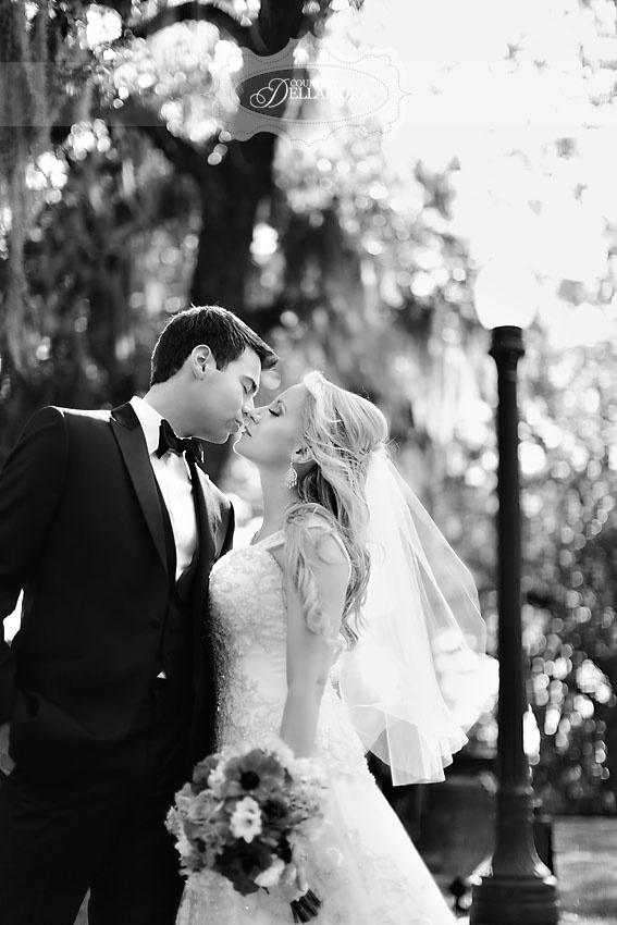 #blackandwhite #wedding #couplesClassic Blackandwhite, Photography Wedding, Poses Couples, Couples Photography, Photography Couples, Poses Just, 09202012, Couples Poses, Wedding Couples