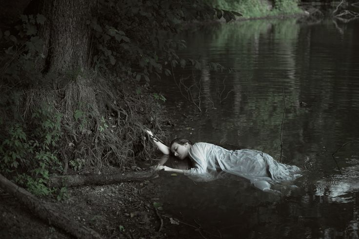 Model: Sylwia Mastalerz mua: Aga Zajdel photo: Dorota Górecka