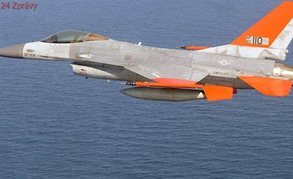 Americké letectvo posílá do boje robotické stíhačky F-16