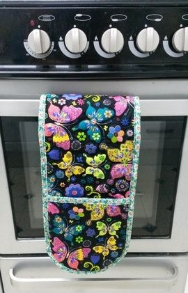 Sewing Bee Fabrics - Oven Gloves Tutorial