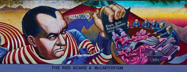 Detalle de la gran pared de Judith F. Baca de Los Ángeles (1976-), que muestra una historia alternativa de la década de 1950: Adiós a Rosie la remachadora, Desarrollo de los suburbios, el susto y el macartismo Rojo, División de los Barrios y Chavez Ravine.  Haga clic para todo detalle.  MAXIMILÍANO DURÓN, ARTnews / Cortesía del artista y SPARC, VENICE, CALIFORNIA
