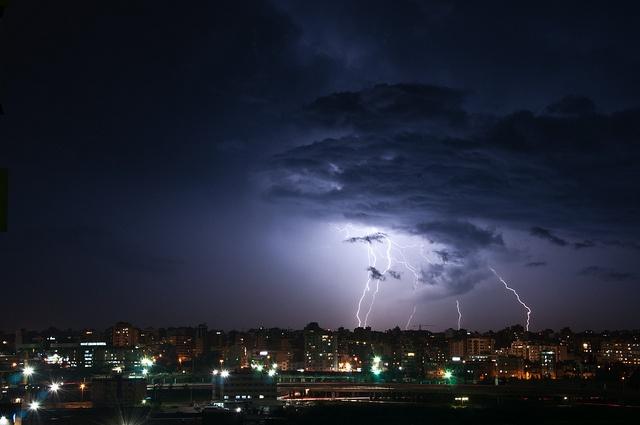 Lightning - Beirut by tonyb9, via Flickr