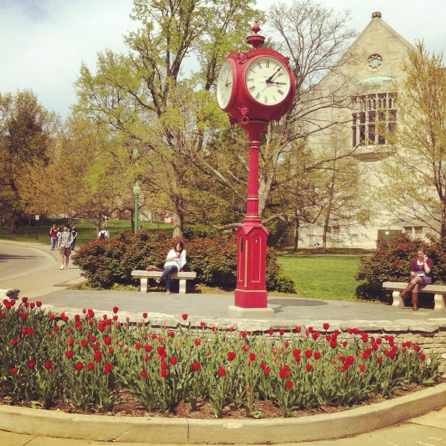 Chill time at the Woodburn clock - Indiana University