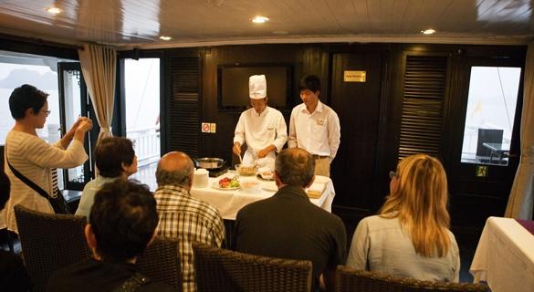 Bhaya Classic Cruise - Cooking Class