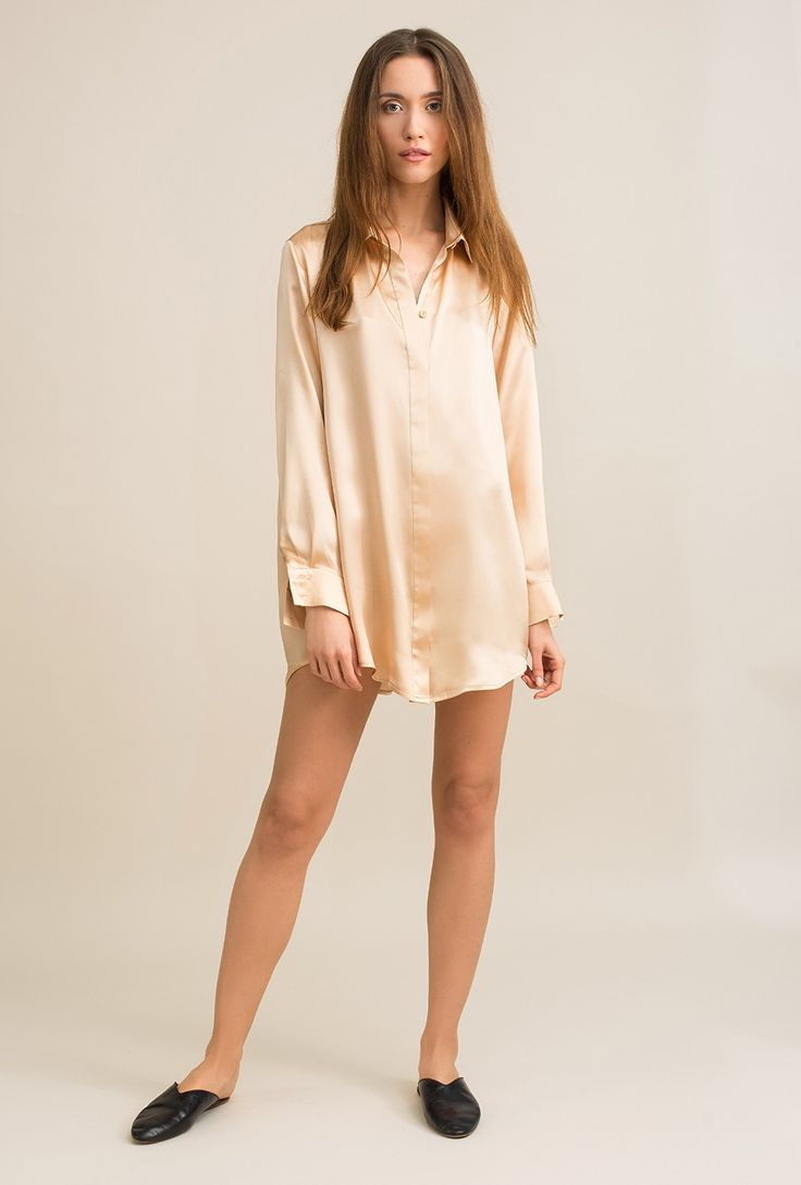 Classic, nude silk shirt - Rita silk satin - MOYE homewear