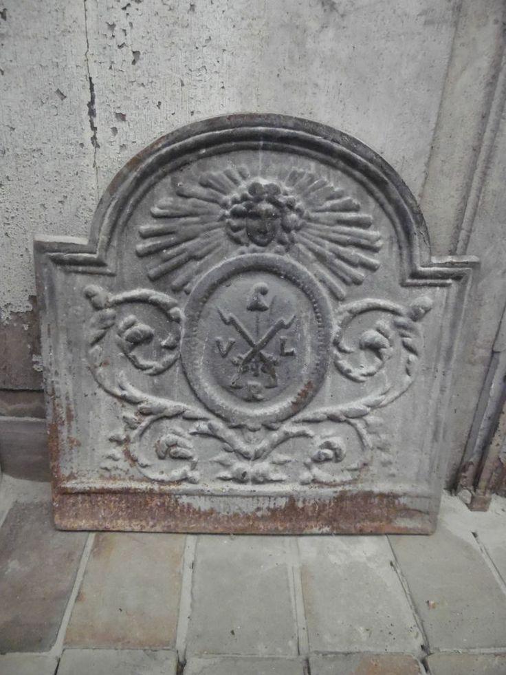 plaque de cheminée fonte de fer XIX siècle scène attribut ...