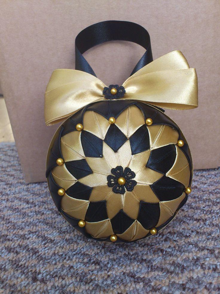 HCD004 Christmas Baubles Black & Gold ~ Handmade Christmas Decoration
