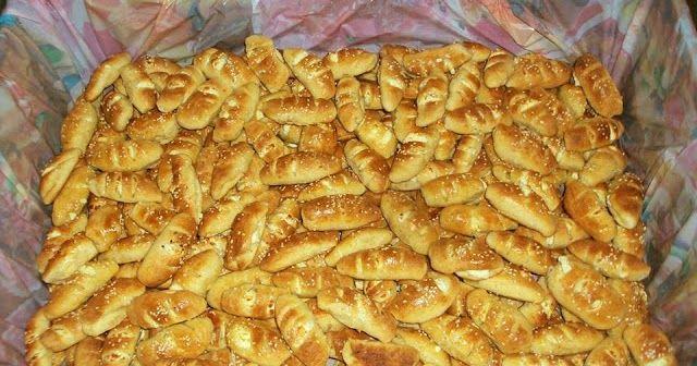 Εδώ βλέπετε στην φωτογραφία 400 κομμάτια η συνταγή εδώ είναι για 70 τεμάχια κατάλληλα για παιδικό πάρτυ μπουφέ κολατσιό κ.τ.λ.