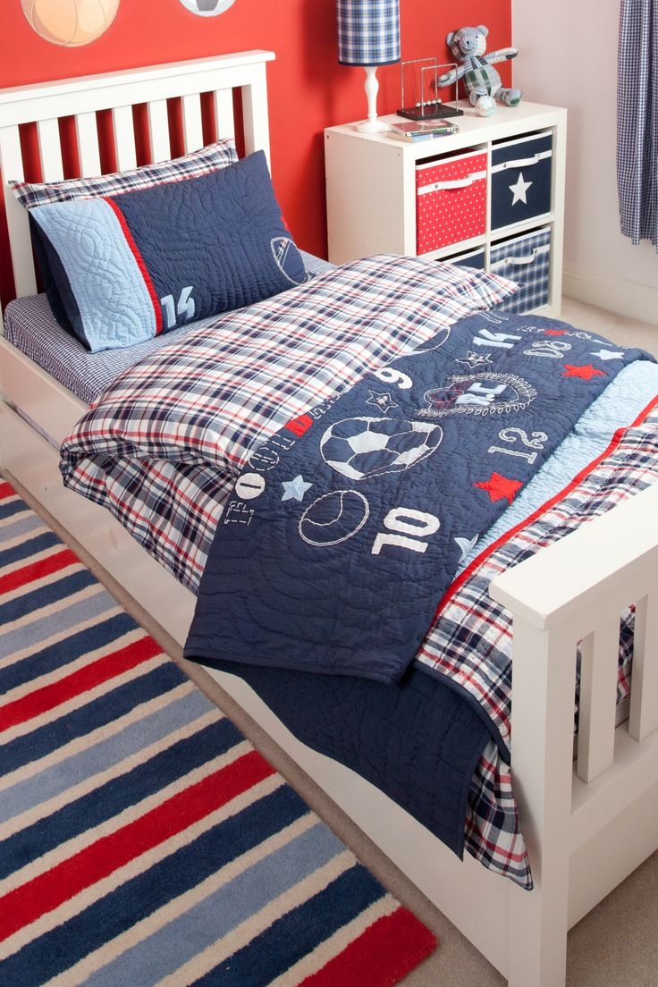 17 best images about new sports theme bedding range on for Boys rugby bedroom ideas