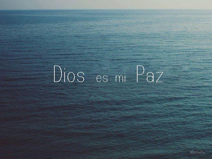 Efesios 2:14 Porque él es nuestra paz, que de ambos pueblos hizo uno, derribando la pared intermedia de separación.
