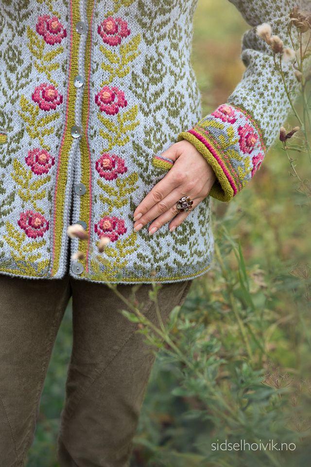 Rose Jacket Design: Sidsel J. Høivik / sidselhoivik,no  Photo: Anne Helene Gjelstad  https://www.sidselhoivik.no/produkt/garnpakker/med-oppskrift/rosekofte