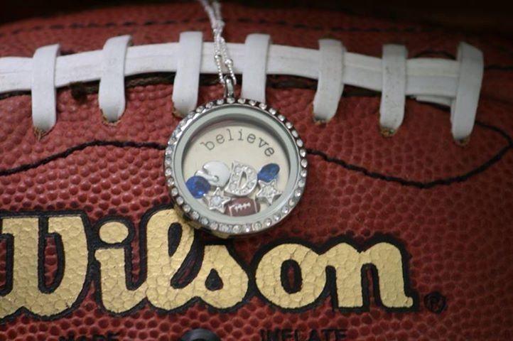 Origami Owl football necklace #Footballfortheladies