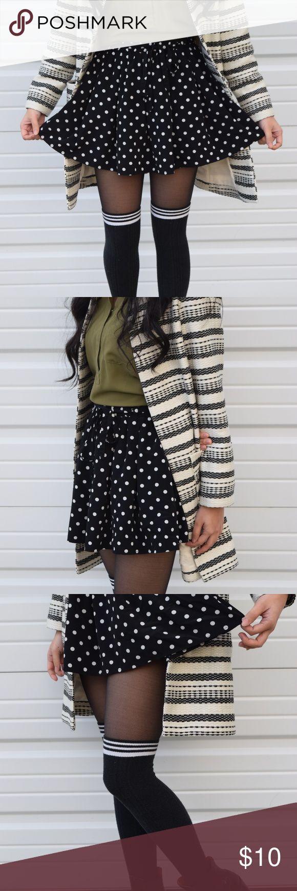 Forever 21 Women's Polka Dot Circle Skirt Size S Polka dot circle skirt with an elastic waistband with matching drawstring belt. Skirt lined with shorts. Forever 21 Skirts Circle & Skater