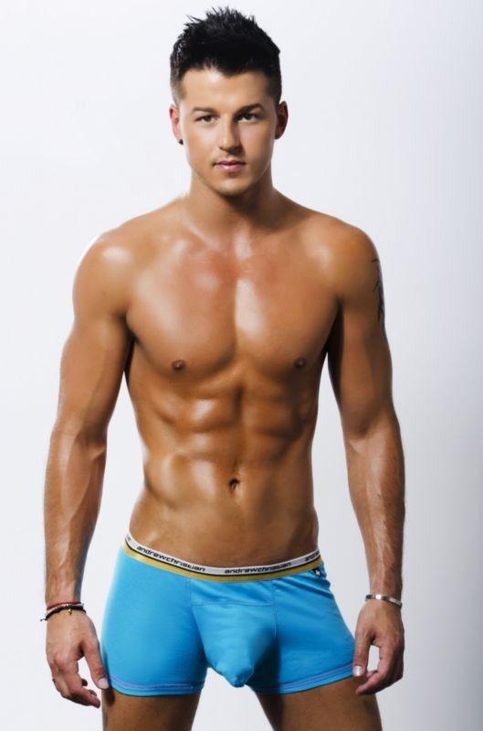 Фото геев моделей