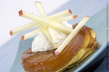 Découvrez la recette de la tarte tatin aux pommes Ariane les Naturianes et dégustez un dessert fruité et gourmand.