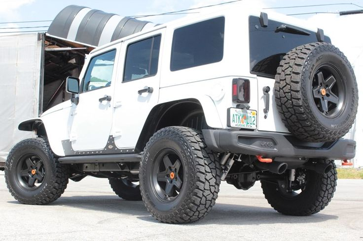 Rubicon Express RE7141 25 inch Suspension Lift Kit with FOX