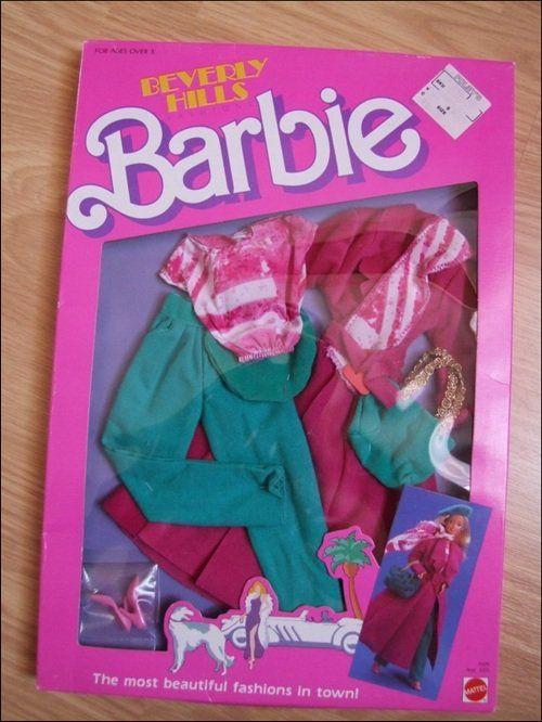 Barbies Et Poup 233 Es De Sophie En 2019 Habits Barbie S border=