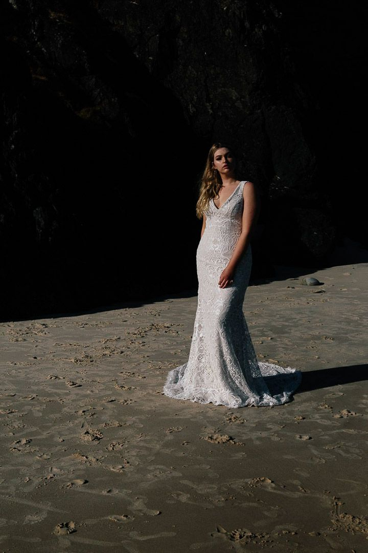 LILLI | CHOSEN Curve Collection One Day Bridal