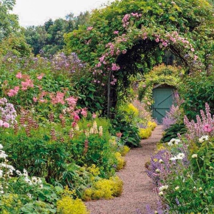 маленькие котельные таинственный сад фото предлагает профессиональную