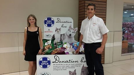 Management and Staff from The Grove SuperSPAR would like to thank all their valued customers for assisting with donations for the SPCA. They were able to donate 288 kg's of Dog food as well as 24,6 kg's of Cat food.