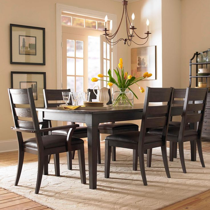 Home U003e Dining Room U003e Dining 7 (or More) Holding Set U003e Broyhill Furniture .