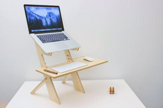 die besten 25 selber laptop bauen ideen auf pinterest kleiner couchtisch kleiner. Black Bedroom Furniture Sets. Home Design Ideas
