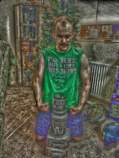 My Incredible Hulk FF oil painting, courtesy of PicsArt app for Android.  Keep it LegenDARY!