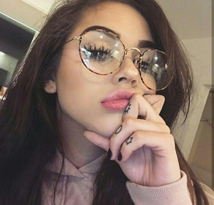 Untitled. 806 best GIRLS images on Pinterest   Hair makeup  Girl crushes and