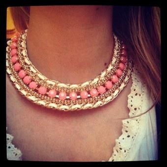 Lovely! Roze geweven ketting