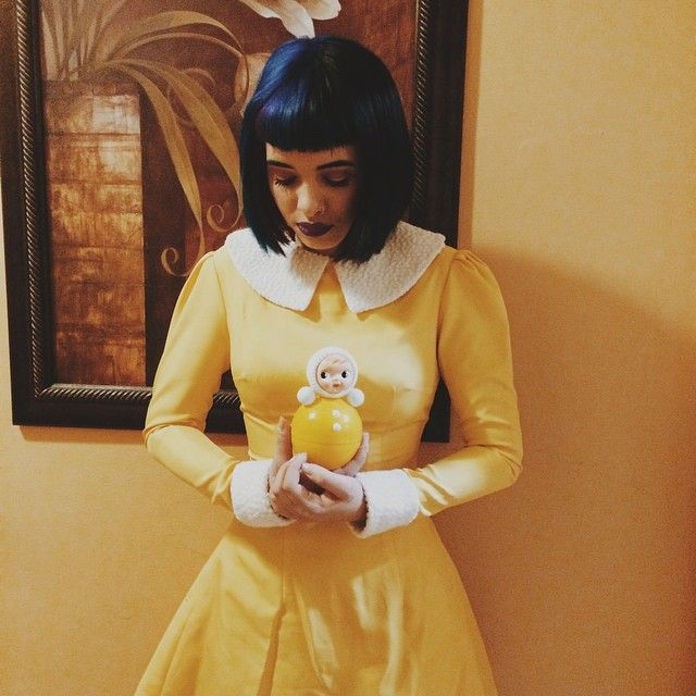 Melanie Martinez looking like Coraline