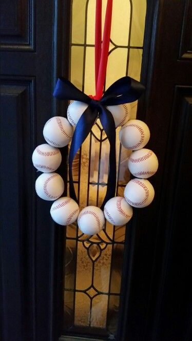 Baseball wreath for baseball themed baby shower