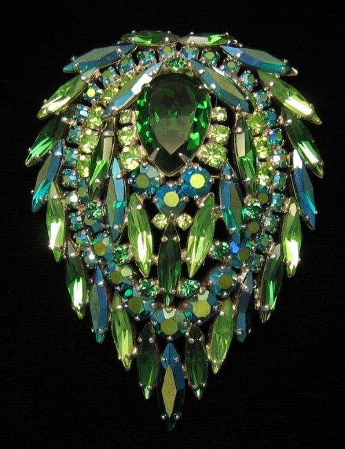pretty green & blue rhinestone brooch  coffeeoath.com strictly by Design, Art is in Coffee, Now this peice Is Nice!