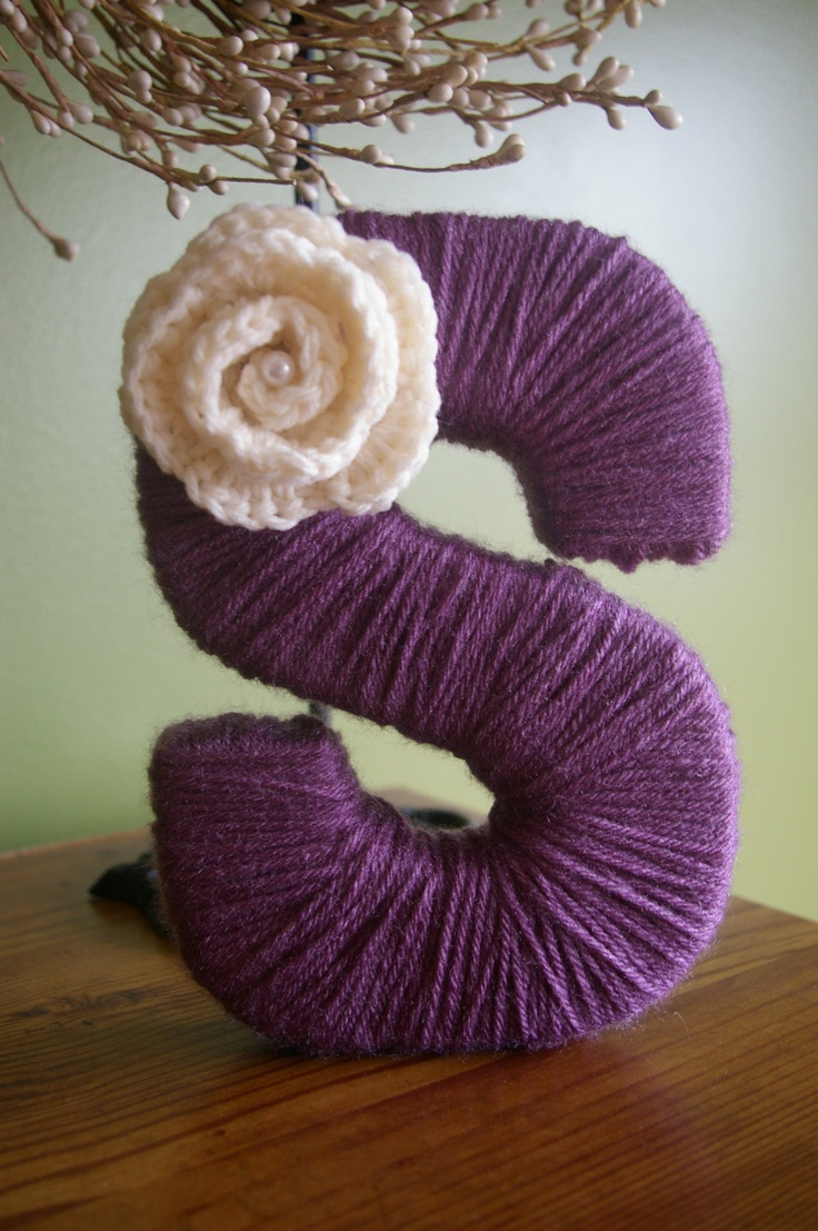 Wrap wooden letters in yarn for decoration decorating for S letter decoration