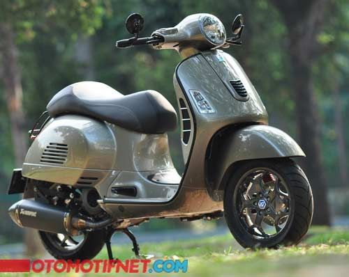 Modifikasi Vespa GTS 150 3V ie, Elegan Modal Pelek MP3