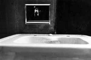 Duane MICHALS - things are queer - 1993 - suite de 8 photos noir et blanc - n°7