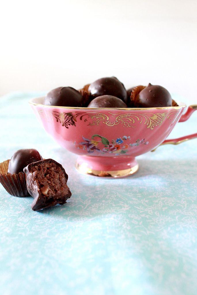 chocolate biscuit balls
